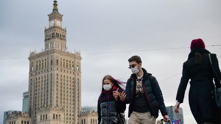 Карантин в Польше: как работают магазины и торговые центры